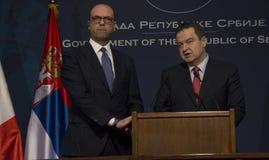 意大利外长Angelino阿尔法诺正式访问向塞尔维亚 免版税图库摄影