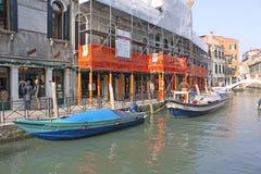 意大利威尼斯 长平底船 免版税库存图片