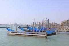意大利威尼斯 长平底船 图库摄影