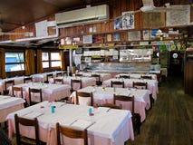 意大利家庭类型餐馆 免版税库存图片