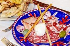 意大利开胃小菜用薄饼面包 库存图片