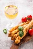 意大利开胃小菜grissini用蕃茄 库存照片