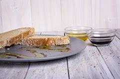 意大利开胃菜面包橄榄油 库存照片