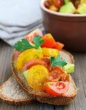 意大利开胃菜bruschetta用蕃茄 免版税库存图片