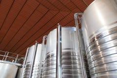 意大利托斯卡纳葡萄酒酿造桶 库存图片