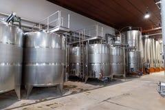意大利托斯卡纳葡萄酒酿造桶 免版税库存照片