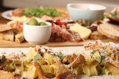 意大利晚餐照片  免版税库存照片