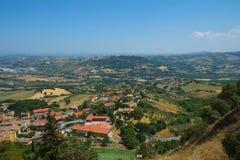 意大利横向山 免版税库存图片