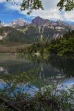 意大利湖和阿尔卑斯 免版税库存图片