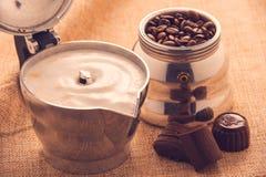意大利热奶咖啡 免版税库存图片