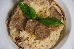 意大利煨饭用块菌蘑菇 免版税库存图片