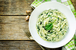 意大利煨饭用菠菜 库存图片