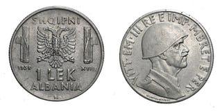 意大利的一1个阿尔巴尼亚的货币单位阿尔巴尼亚殖民地acmonital硬币1939年维托里奥Emanuele III王国,第二次世界大战 免版税库存照片