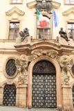 意大利的使馆在布拉格 库存照片