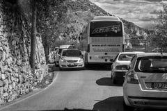 意大利的阿马尔菲海岸路为是知名的繁忙和弯曲 免版税库存照片
