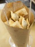 意大利街道食物,油煎的馄饨,新 免版税库存照片
