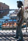 意大利詹姆斯・乔伊斯雕象的里雅斯&# 免版税库存照片
