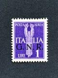 1943年意大利邮票:1里拉航空邮件 套印GNR 库存图片