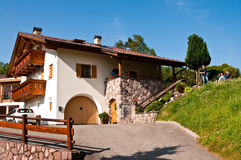 意大利阿尔卑斯在夏天 免版税库存照片