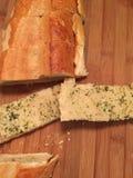 意大利面包凯萨色拉蒜酱油 图库摄影