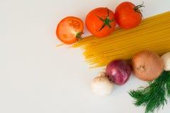 意大利面食和蕃茄 免版税库存照片