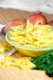 意大利面食用在表的莳萝 图库摄影
