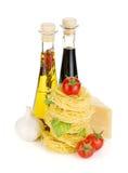 意大利面食,蕃茄,橄榄油,醋 免版税图库摄影