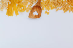 意大利食物概念和菜单设计 各种各样的种类面团 免版税库存照片