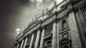 意大利,罗马,圣皮特圣徒・彼得的广场 梵蒂冈 大教堂pietro ・圣 免版税库存图片