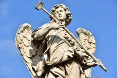 意大利,罗马, Castel Sant `安吉洛,天使雕象与海绵的 免版税库存图片