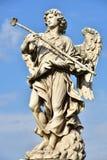 意大利,罗马, Castel Sant `安吉洛,天使雕象与海绵的 图库摄影