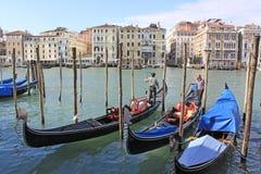 意大利 威尼斯 城市视图 长平底船驻地 免版税图库摄影