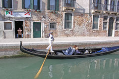 意大利 威尼斯 城市视图 长平底船 图库摄影