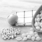 意大利`面团e ceci `面团鸡豆和葱的成份 免版税图库摄影