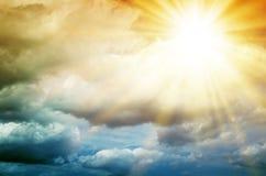 意想不到的多彩多姿的天空 免版税库存照片