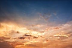 意想不到的日落天空 库存照片