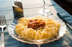 意粉开胃盘有西红柿酱的 库存图片