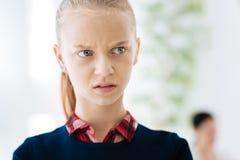 感到不快乐的了无欢乐的女孩哀伤 免版税库存图片
