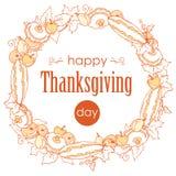 感恩与秋叶、蔬菜和水果的天海报 缠绕与秋天礼物在白色背景,概述的 免版税库存照片