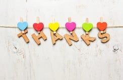 感谢的词从木信件的在白色背景 免版税库存图片