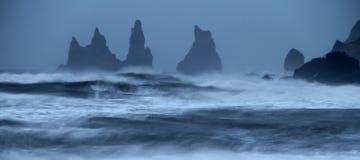 愤怒的海洋 免版税库存图片