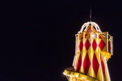 慌张地在晚上 爱丁堡` s圣诞节,街道G王子 库存图片