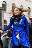 慕尼黑,巴伐利亚,德国- 2016年3月13日:代表夏天风暴公司的爱尔兰舞蹈家在圣帕特里克` s天游行 免版税库存照片