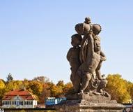 慕尼黑,石Putti, Nymphenburg宫殿细节  图库摄影