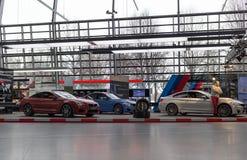 """慕尼黑†""""1月30日:BMW M5 -在BMW鞭痕,慕尼黑的交谊厅模型, 免版税库存图片"""