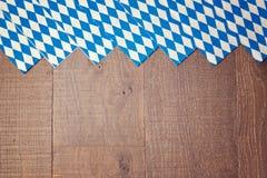 慕尼黑啤酒节德国啤酒节日的木背景 库存图片