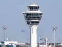 慕尼黑机场的塔台 免版税图库摄影