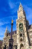 慕尼黑,在Marienplatz,巴伐利亚的哥特式香港大会堂 库存照片
