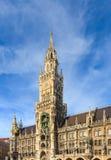 慕尼黑,在Marienplatz,巴伐利亚的哥特式香港大会堂 库存图片