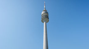 慕尼黑,德国, 2016年4月24日:Olympiaturm在奥林匹克公园,慕尼黑德国 免版税图库摄影
